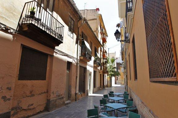 Comunidad Valenciana.Valencia.04/06/2015.Vista de la calle Entenza.Fotografía de Jesús Signes .