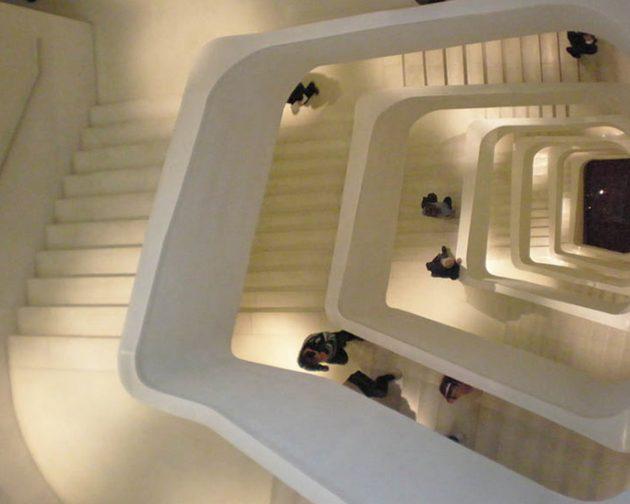 escalera-de-vecinos